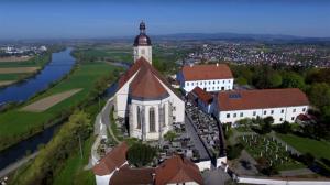 bogenberg-kirche